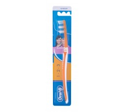 Oral-B 1-2-3 Classic Medium...